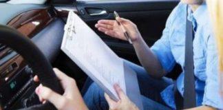 Τέλος πια στο λάδωμα για το δίπλωμα οδήγησης;