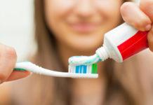 Τι θα συμβεί αν απλώσεις οδοντόκρεμα στο πρόσωπό σου;