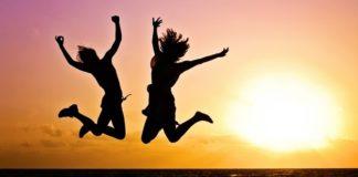 Αυτές είναι οι 10 πιο ευτυχισμένες χώρες - Σε ποια θέση βρίσκεται η Ελλάδα;