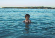 Πόσο καλό κάνει το θαλασσινό νερό στην υγεία μας;