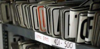 Σε ισχύ τίθεται και για το 2018 η δυνατότητα των ιδιοκτητών οχημάτων να έχουν πινακίδες και τέλη με το μήνα. Έτσι οι ιδιοκτήτες θα μπορούν να θέσουν
