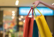Η ΕΣΕΕ διανέμει 50.000 οικολογικές τσάντες για τις εκπτώσεις